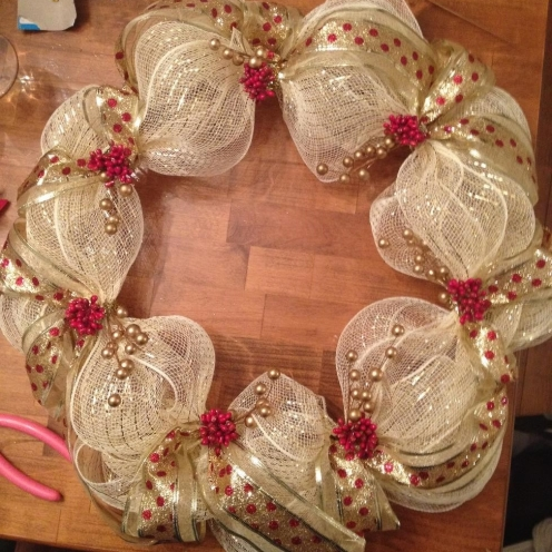 Christmas Wreath from AMODERNCINDERELLA.COM